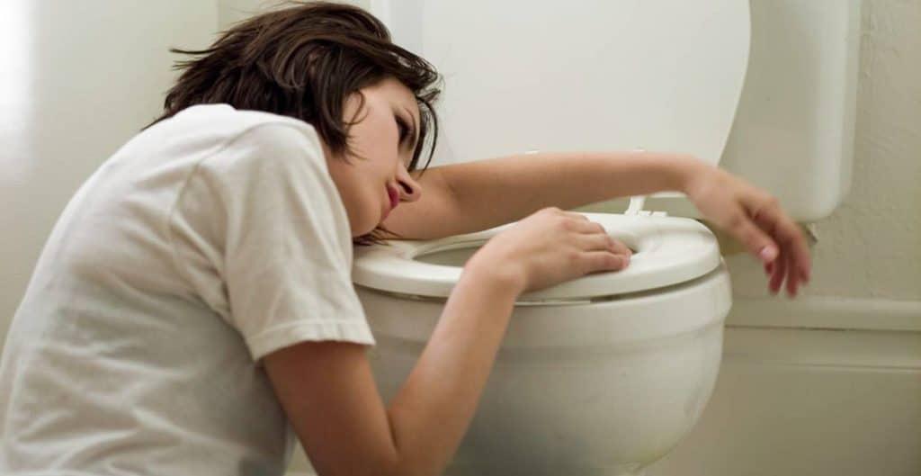 Тошнота после менструации