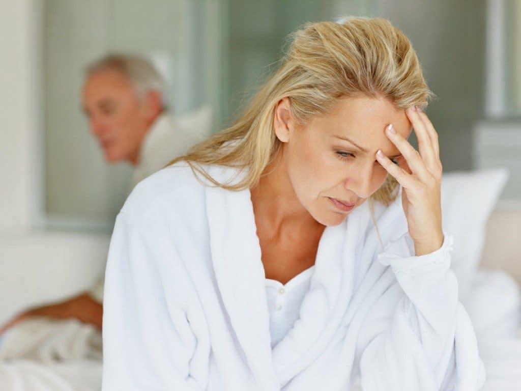 Головные боли и головокружение одни из признаков проявления климактерического состояния
