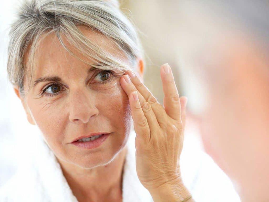 Увядание кожи в период климакса